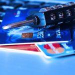 Amazonでクレジットカードが不正利用されたときの問い合わせ方法と対策